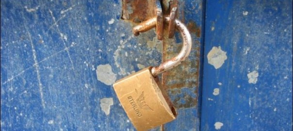 rusty-broken-lock